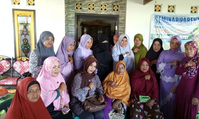 Di Barru, Istri Aziz Berbagi Tips Jaga Keharmonisan Keluarga