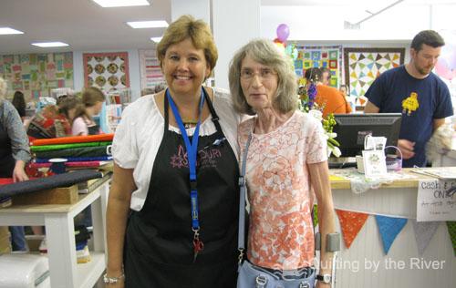 Rina with Jenny Doan of Missouri Star Quilt Co.