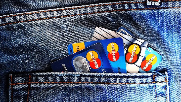 panduan memilih kartu kredit yang tepat