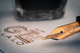When my pen writes - कब चलती है मेरी क़लम - hindi poetry - rahulrahi.com