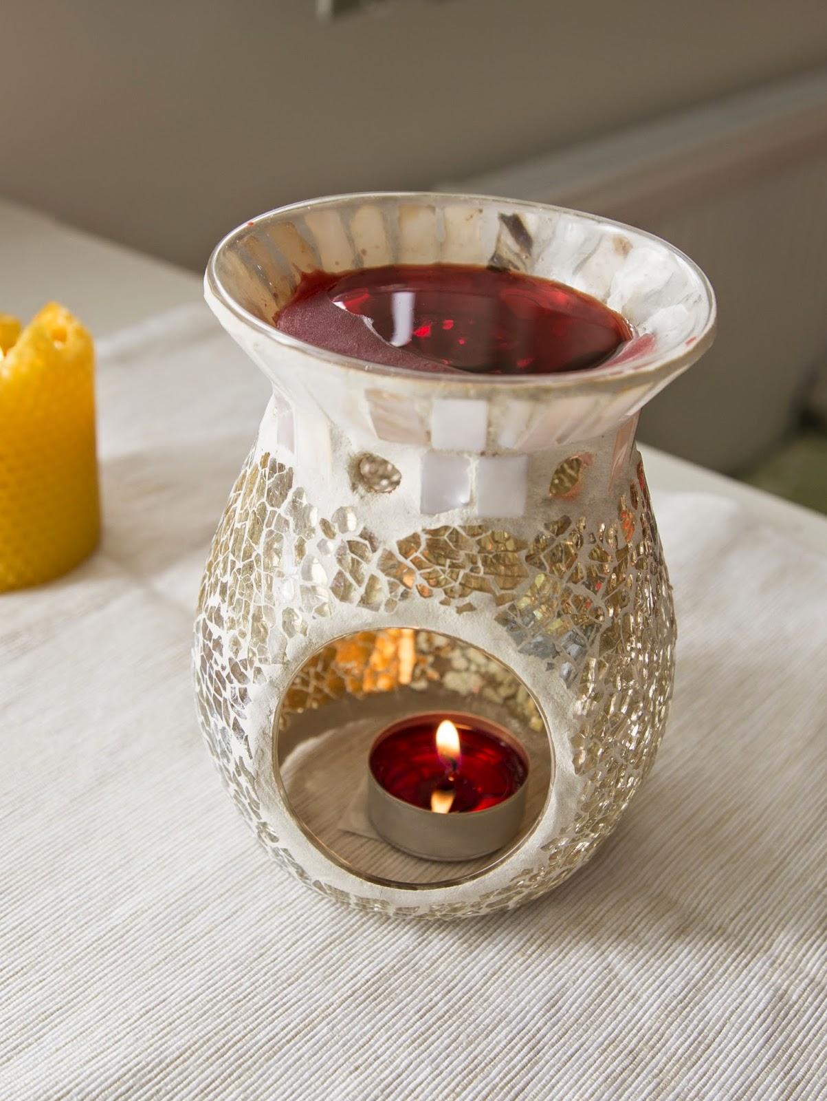 rozbalování balíčku od yankee candle