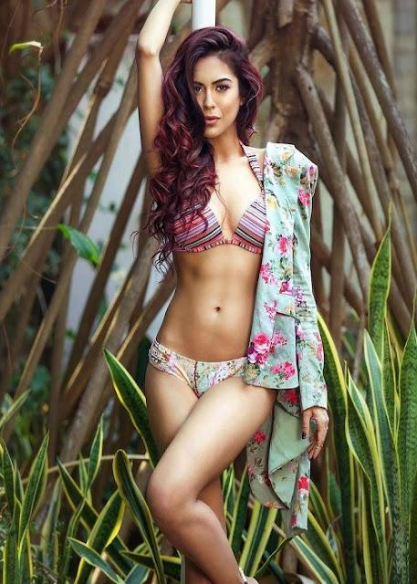 Sana Saeed Magazine Photo