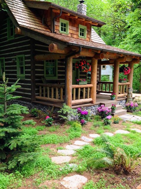 rumah kayu gelondong
