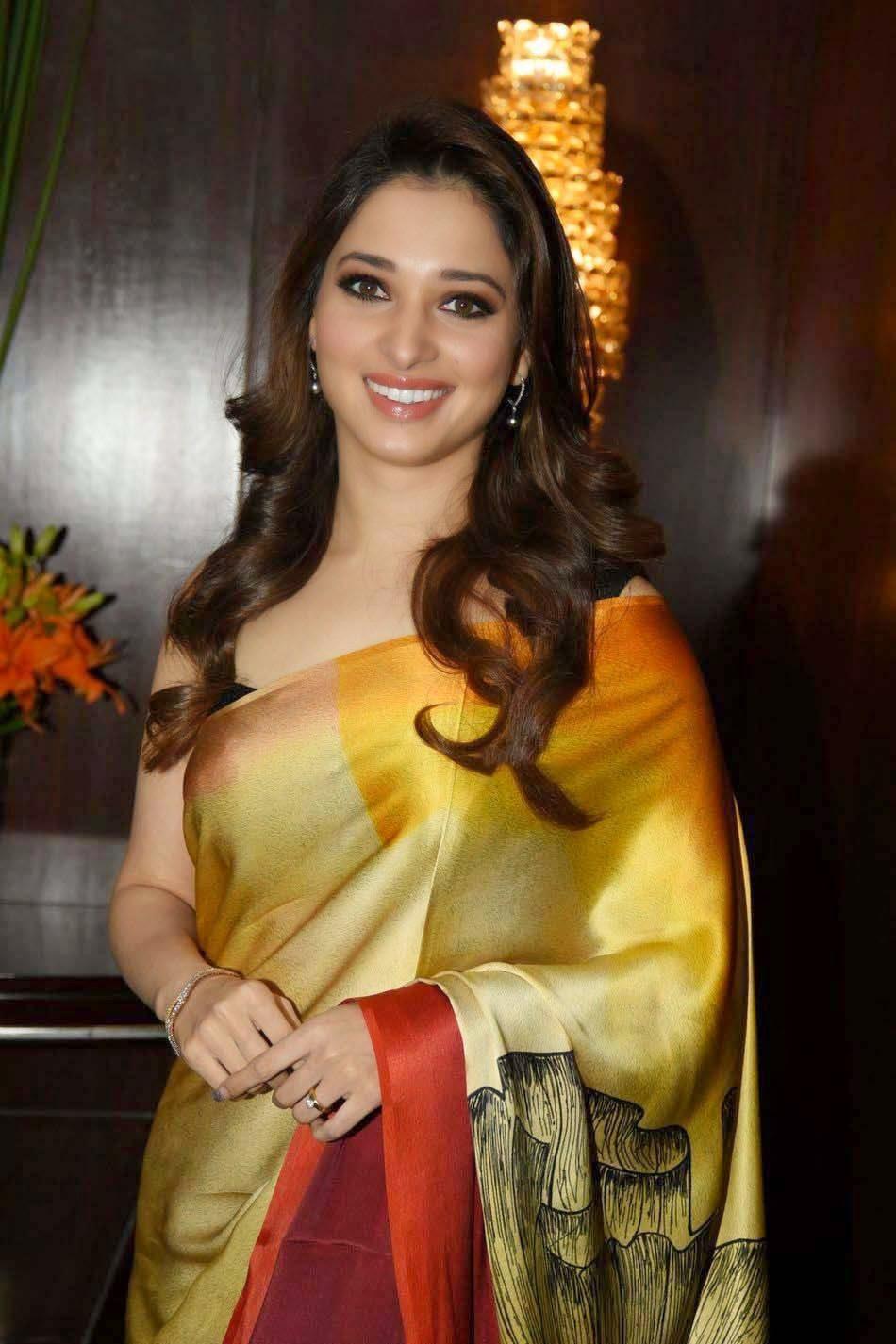 Bollywood actress tamanna hot navel show 7