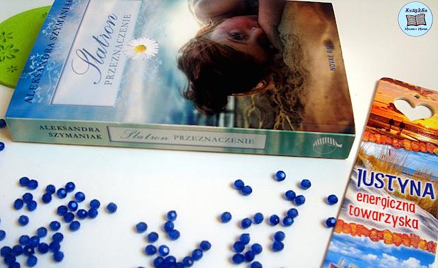 Zakłądka do ksiakzi, morze, lato, wakacje, dziewczynka na plaży, dziecko na plaży, zagubiona dziewczynka na plaży.