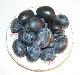fructe, prune romanesti, retete cu prune, preparate din prune, nutritie, naturist, sanatate, leac constipatie, diete, retete,