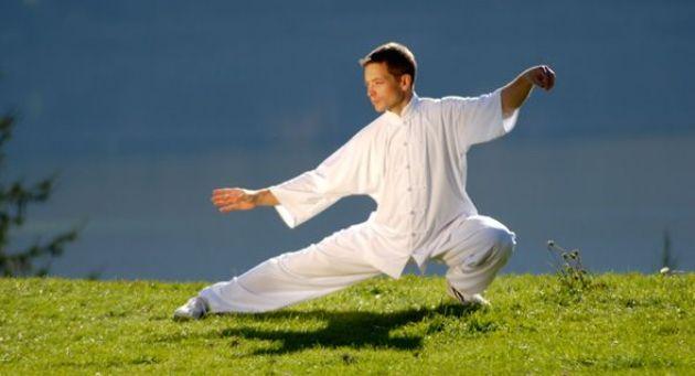 Stres bukan hanya problem pada emosional atau mental saja Sedang Mengalami Stres? Atasi Dengan 4 Olahraga yang Berasal Cina Berikut Ini..