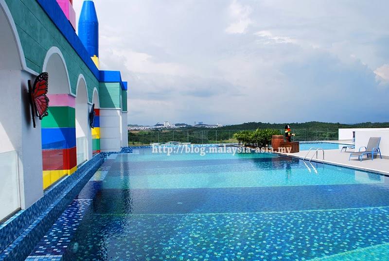 Pool at Legoland Hotel Malaysia