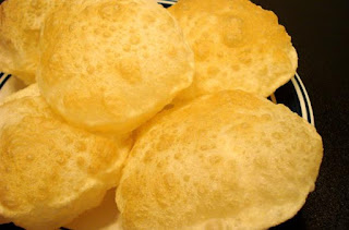 Image of Poori bread