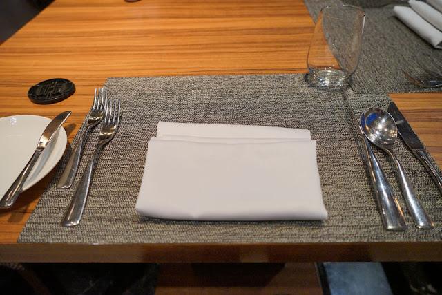 DSC03023 - 熱血採訪│裕元花園酒店映景觀餐廳,台中情人節餐廳之夜乾式熟成牛排的浪漫饗宴
