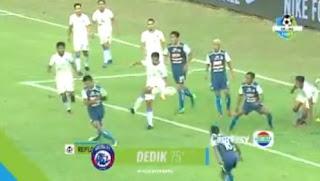 Arema FC vs Persela Lamongan 1-0