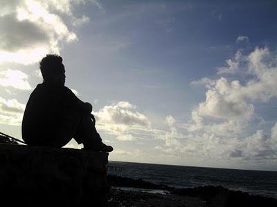 Hindarkan Diri Dari Nafsu Dengan Menanamkan Pada Diri Untuk Mencintai Seseorang Dalam Diam