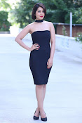 Raashi Khanna new glam photo shoot-thumbnail-7