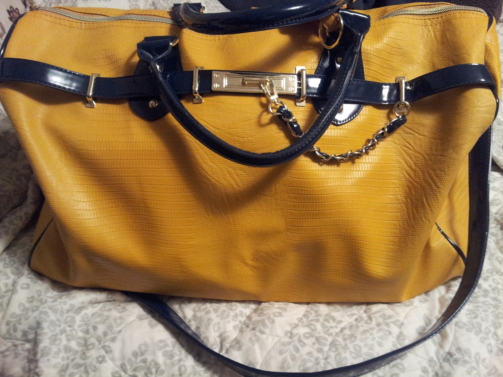 Over The Last Few Years So While I Was At Tj Ma Other Day Picked Up An Adorable Weekender Bag By Steve Madden And M In Love With It