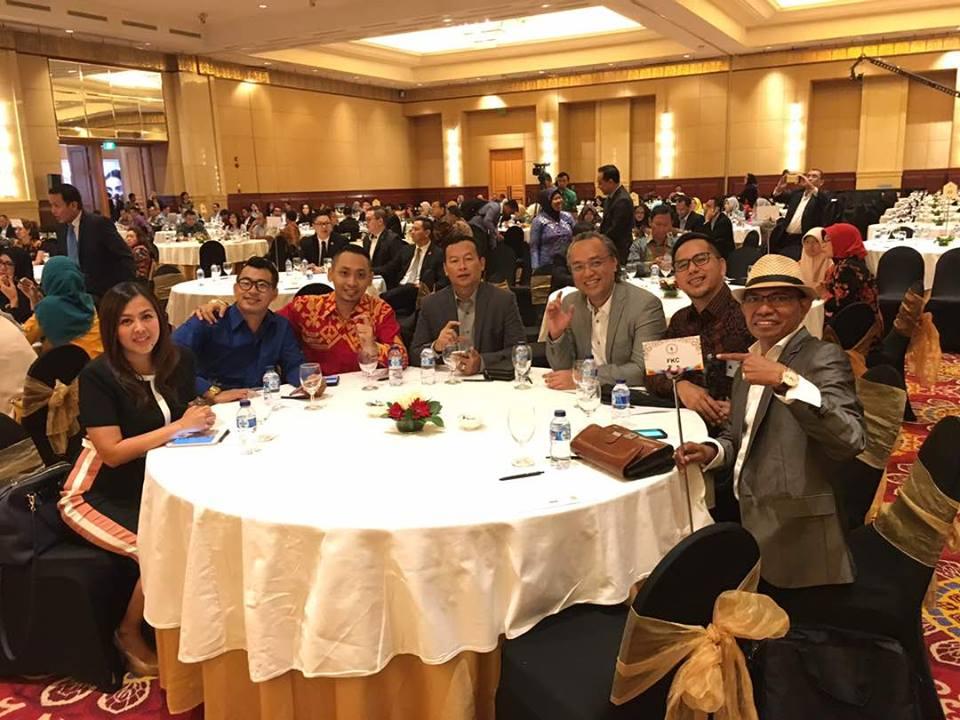 Bisnis Fkc Syariah - Seminar Nasional APLI