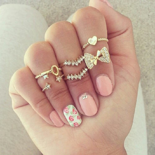 como decorar uñas para matrimonio