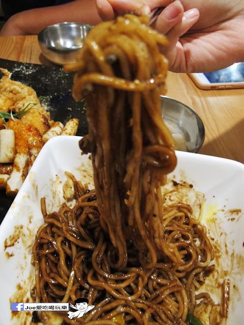 IMG 0771 - 【台中美食】大發炸雞 | 超好吃的韓式沾料炸雞,每一口都很啾C,還有韓式熱炒也令人驚艷啊!