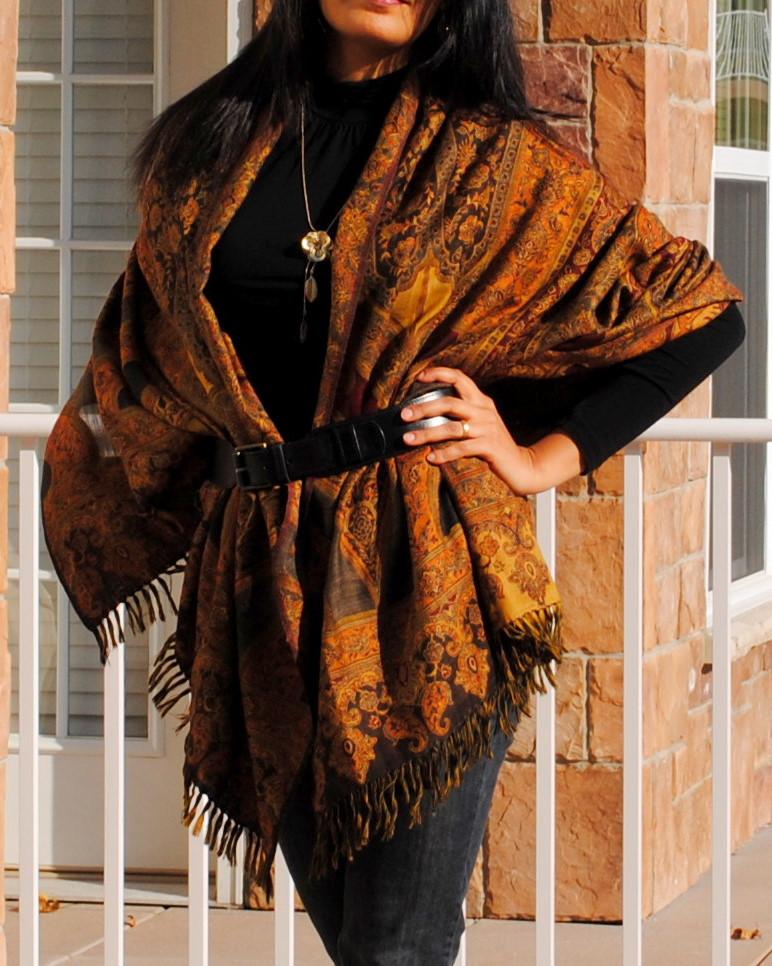 Style-Delights: Lookbook - DIY Shawl Cape