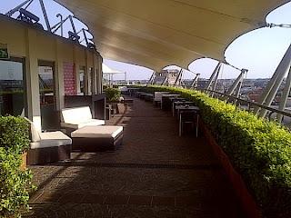 Verde Capim Laperitivo si fa in terrazzo