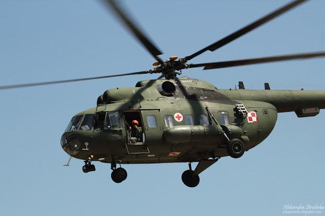 Mi-8 -  XII Małopolski Piknik Lotniczy - Kraków 2016