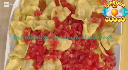 Mezzelune di ricotta e mortadella con pomodorini ricetta Alessandra Spisni da Prova del Cuoco