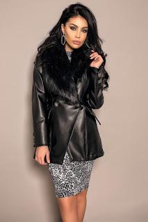 Jacheta din piele ecologica cu guler de blana