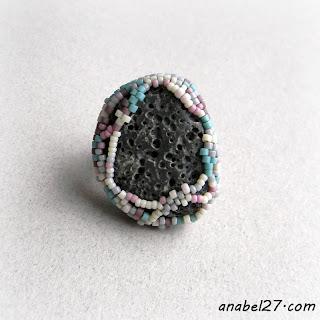 Кольцо с морской галькой - эко-стиль