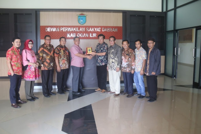 Pansus I DPRD Kabupaten Bangka Tengah Kunjungi DPRD OI