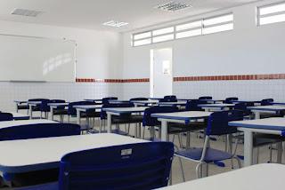 Estudante ataca com faca um colega dentro de escola em Campina Grande