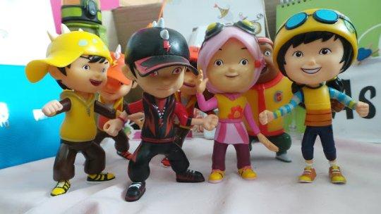 Mainan patung boboiboy yang sekarang lagi ngetrend