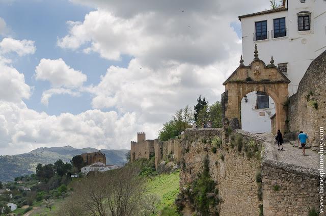ROnda visitar Arco Felipe V