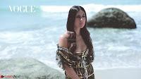 Kareena Kapoor   bollywood Queen   Sizzles  in bikini ~  Exclusive Galleries 015.jpeg