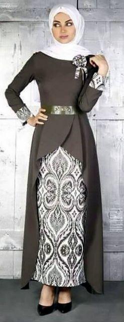 Baju Lebaran Cewek Belah di bagian tepi yang nyaman dipakai