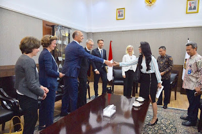 """<img src=""""INDONESIA.jpg"""" alt="""" EXTENSION OF OIL & GAS CONTRACT DESIGN FOR FOREIGN AUTHORITY AND TAIPAN """">"""