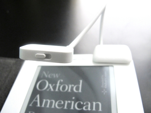 Ebook野郎 Belkin Clip On Reading Light For Kindle White 読書灯