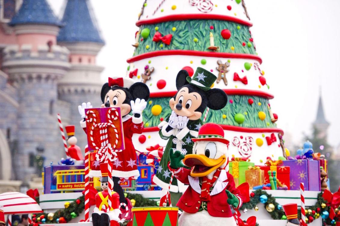 Disneyland Paris - Märchenhafte Weihnachtszeit 2019 - Parade