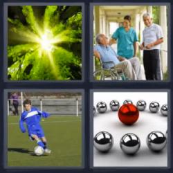 4 Fotos 1 Palabra Nino Jugando Al Futbol Bolas De Metal Anciano En