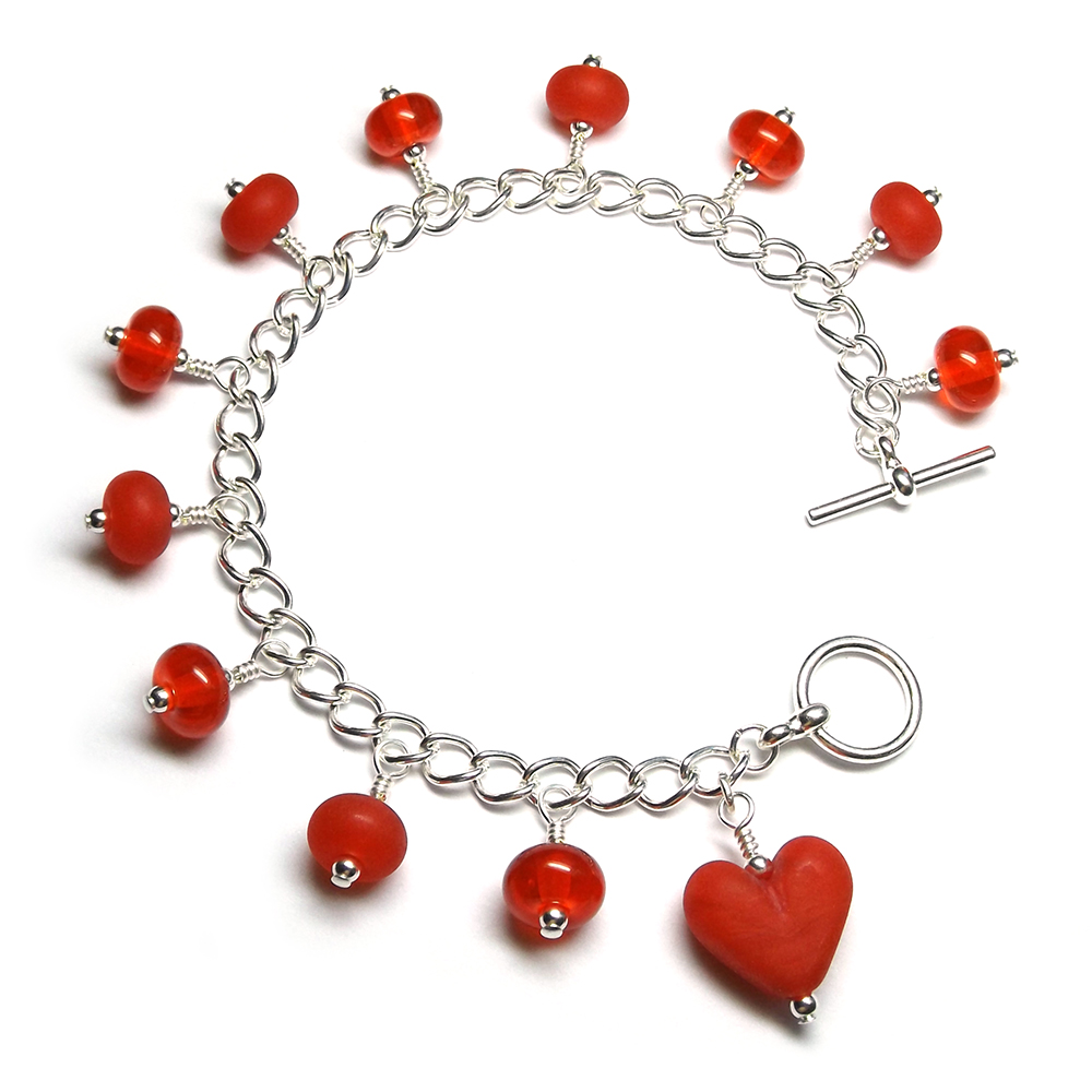 Lampwork glass red heart bracelet