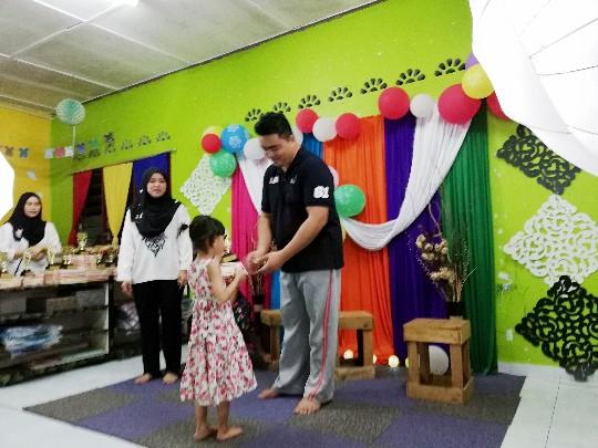 DHIA DAPAT ANUGERAH PELAJAR HARAPAN 2018 DI TABIKA KEMAS