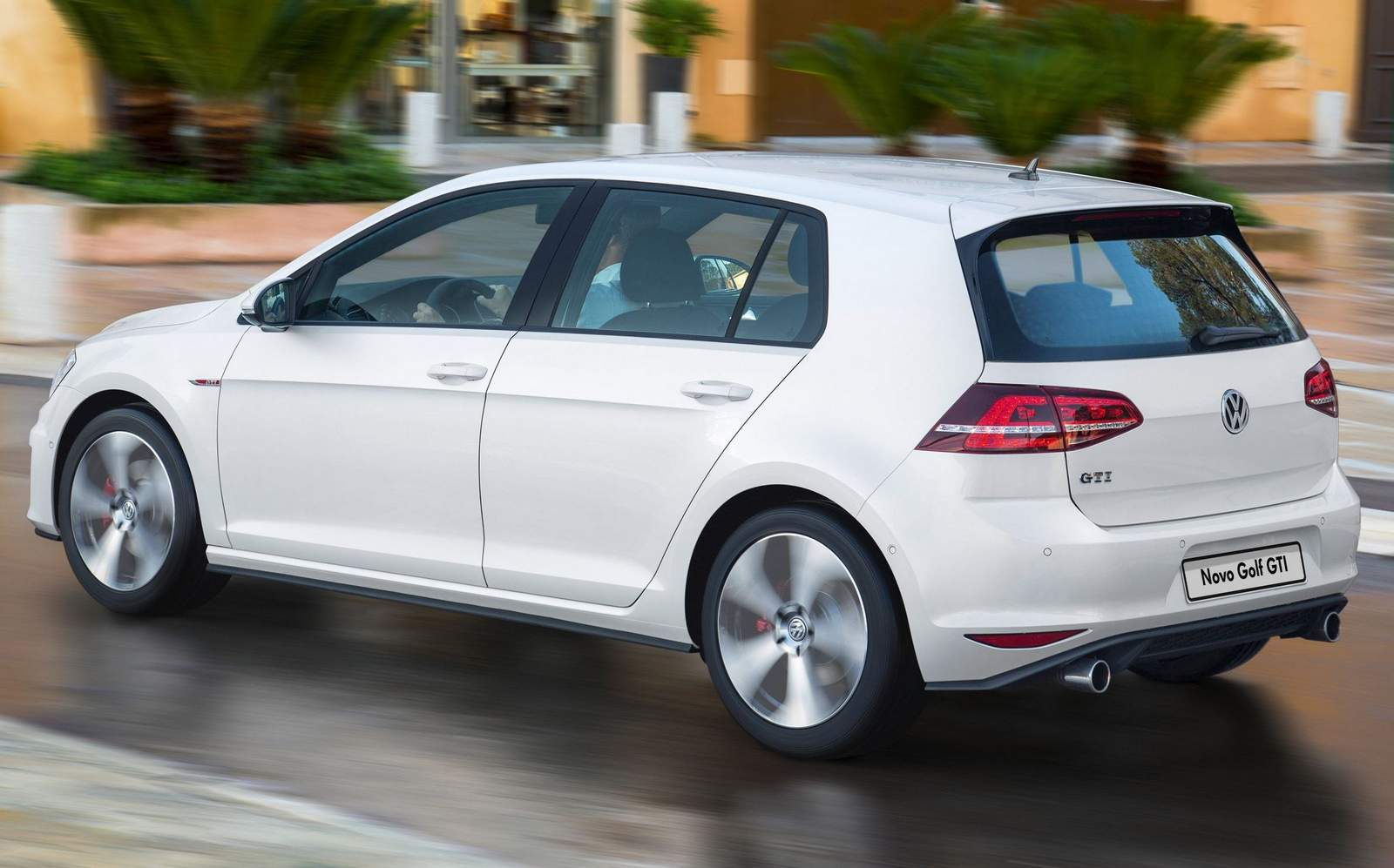 VW Golf GTI 2016