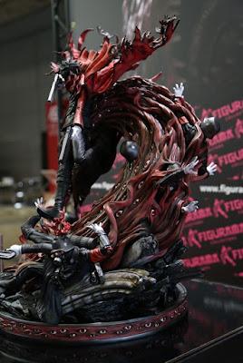 """Elite Exclusive Statue de Alucard de """"Hellsing"""""""