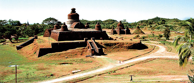 Mrauk U Buddhist Temple and ordination hall