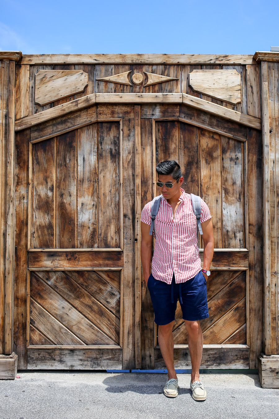 Leo Chan, Réunion, menswear, seersucker shirt, summer look, travel guide, Alicia Mara
