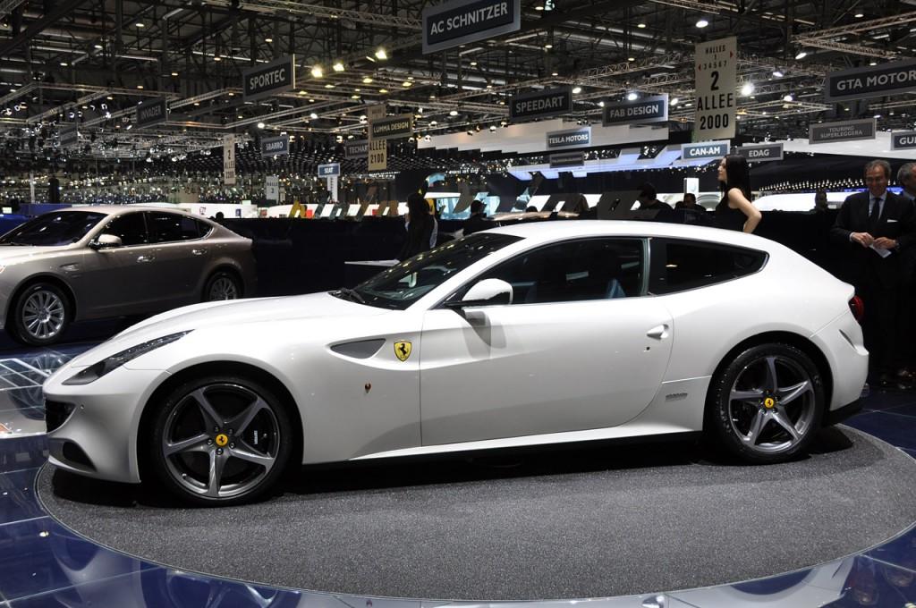 Fast Speedy Cars 2012 Ferrari Ff