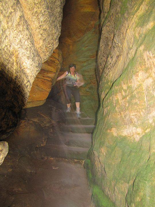 Jaskinia (czes. Jaskyné).