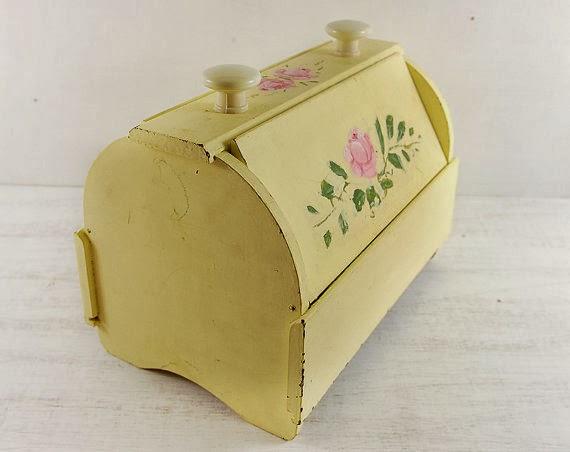 Vintage Wooden Box Carraigmore
