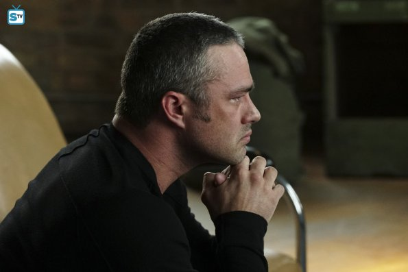 Chicago Fire - Carry Me - Review