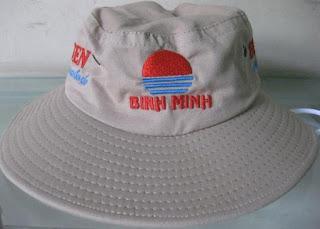 Địa chỉ: 774/17 Quang Trung, p8, Quận Gò Vấp, Tp Hồ Chí Minh Công Ty TNHH Đầu Tư Sản Xuất Thương Mại Kim Cương 774/17 Quang Trung, Gò Vấp, Tp Hcm Điện thoại: 02862 95 9938 – 093 303 5511 / 0969 919 439 Website: www.giacongnon.com Website 2: www.kimcuong.top Website 3: www.kimcuongco.vn Website 4: www.nondulich.com Website 5: www.aothunquatang.info Website 6: www.nontaibeo12k.com