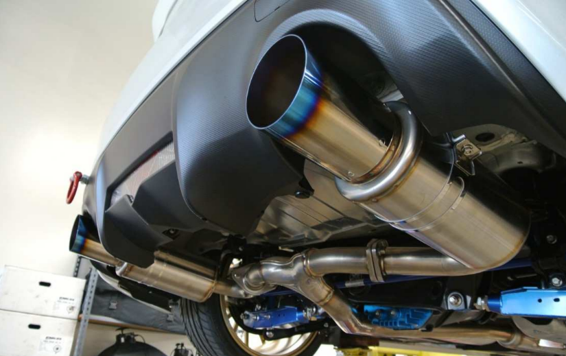 Circuit Motorsports: Flat-Out: April 2013