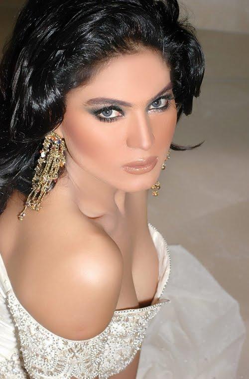 Veena Malik Nude Photo Shoot For Fhm India-2606